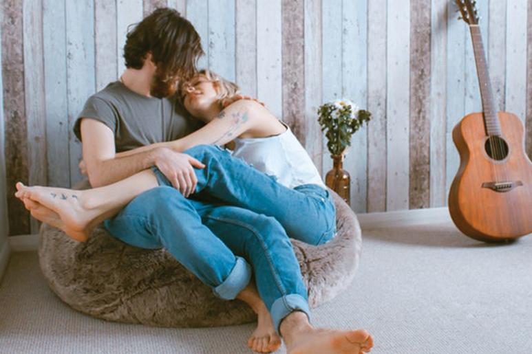 Viver junto antes de casar: o que precisas saber