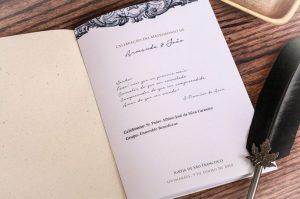 Será mesmo obrigatório ter missal no casamento?